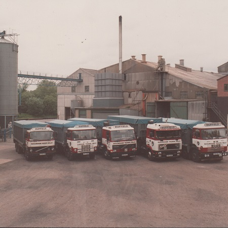Lorries at the mill